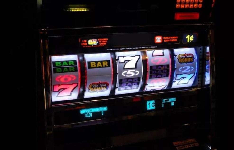 Подпольные игровые автоматы онлайнi видео рулетка бесплатно онлайн